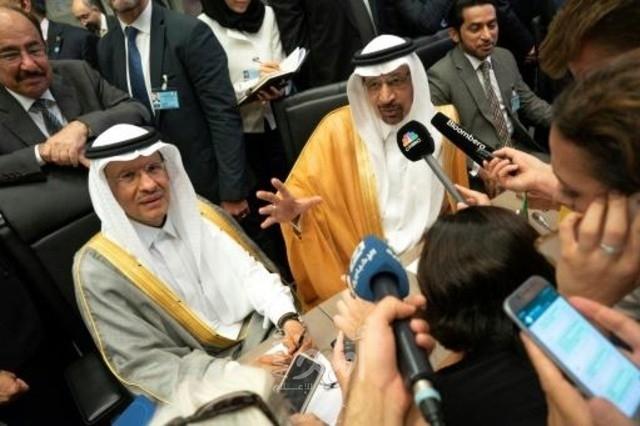 وزير الطاقة السعودي السابق خالد الفالح  والوزير الجديد الأمير عبد العزيز