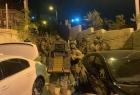 """قوات الاحتلال تشن عملية عسكرية في جبل المكبر وتطارد عناصر من """"الشعبية""""- فيديو"""