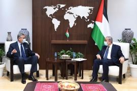 اشتية: يجب إنهاء الحصار عن غزة وأي حلول اقتصادية وحدها لن تكون كافية