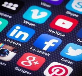 """""""فيسبوك"""" و""""تويتر"""" و""""إنستغرام"""" تحذف منشورات تتعلّق بالأحداث الأخيرة في القدس المحتلة"""
