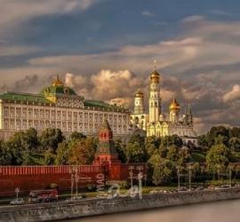قائمة بأسماء الشخصيات الأمريكية التي منعتها روسيا من دخول أراضيها