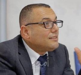 """وزير الثقافة الفلسطيني عاطف أبو سيف يعلن إصابته بفيروس """"كورونا"""""""
