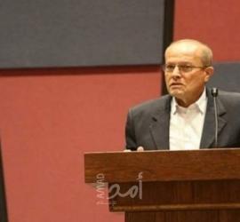 """أبو بكر يوضح لـ""""أمد"""" تفاصيل دمج 7 آلاف أس-ير مٌحرر في مؤسسات السلطة الفلسطينية"""