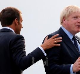 ماكرون يعرض إعادة ضبط العلاقات مع بريطانيا إذا التزم جونسون بالبريكست