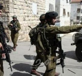 قوات الاحتلال تستولي على مبلغ مالي من منزل مواطن في جنين