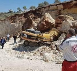 وفاة عامل إثر سقوط رافعة عليه غرب رام الله