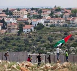 سلطات الاحتلال تصادق على مشاريع استيطانية جديدة في الضفة الغربية