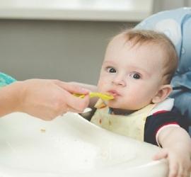 محظورات تغذية الأطفال حتى لا يصاب بالسمنة