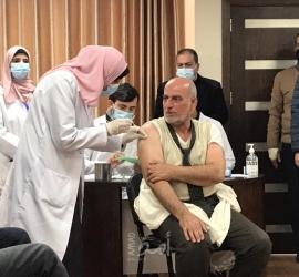 """غزة: مراكز صحية جديدة للتطعيم ضد """"كورونا"""" وإجراء الفحص السريع"""