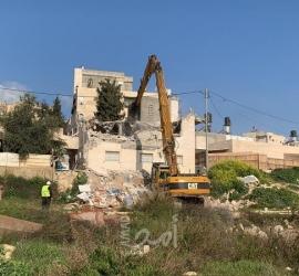 القدس: جيش الاحتلال يجبر مقدسيًا على هدم منزله في جبل المكبر
