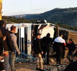رام الله: وفاة مواطن جراء انقلاب شاحنة