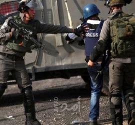 رام الله: قوات الاحتلال تحتجز طاقم تلفزيون فلسطين