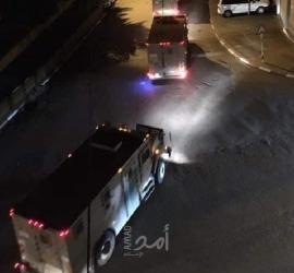 """الضفة: قوات الاحتلال تعتقل ممثل قائمة """"القدس موعدنا"""" ومستوطنون يقتحمون """"قبر يوسف"""""""