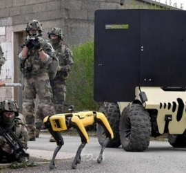 روبوتات في تدريبات عسكرية في فرنسا - فيديو