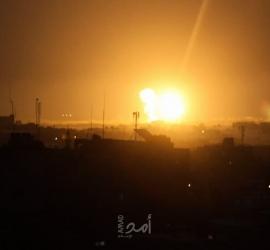 طائرات الاحتلال الحربية تقصف أهدافا في قطاع غزة - فيديو