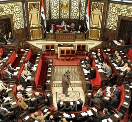 ليس بينهما الأسد.. البرلمان السوري يستلم أول طلبات المشاركة في انتخابات رئاسة سوريا
