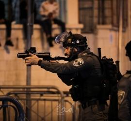 القدس: إصابات بمواجهات مع قوات الاحتلال والمستوطنين في الطور والعيسوية - فيديو
