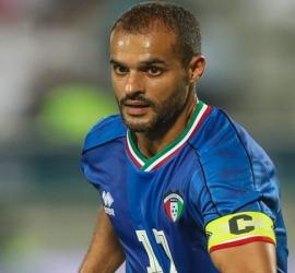 """الفيفا"""" يجرد الكويتي المطوع من لقب """"عميد لاعبي العالم"""" ويعقد مهمة رونالدو"""