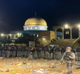 مواجهات القدس المحتلة: 205 إصابات في الأقصى وباب العامود والشيخ جراح ... فيديو - صور