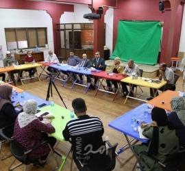 """""""الثقافة والفكر الحر"""" تعقد ورشة تفاعلية مع رؤساء بلديات خانيونس ولجان تعزيز الصمود"""