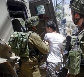 قوات الاحتلال تعتقل 4 مواطنين من القدس وبيت لحم