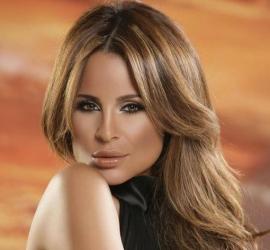 """كارول سماحة تطرح كليب أغنيتها الجديدة """"يا شباب يا بنات"""" - شاهد"""