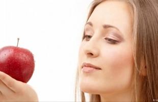 تفاحة فى اليوم تغنيك عن زيارة الطبيب.. تعرف