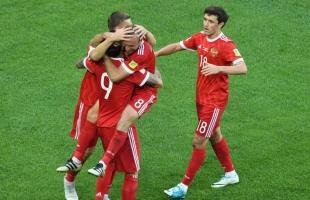 الكشف عن قائمة المنتخب الروسي النهائية لبطولة أمم أوروبا
