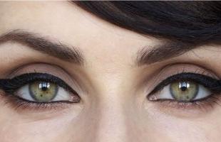 6 قواعد أساسية للحفاظ على جمال عينيكِ