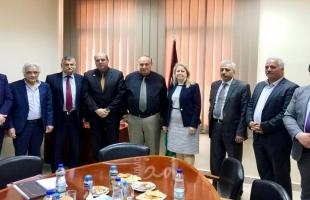 أبو مويس يلتقي لجنة خبراء إصلاح التعليم العالي