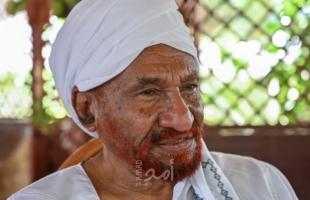 """السودان.. إصابة الصادق المهدي بفيروس """"كورونا"""""""