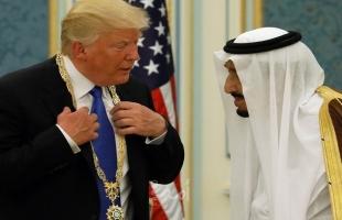 """""""نيويورك تايمز"""" تكشف عن """"فضحية"""" الهدايا السعودية التي منحت لترامب"""