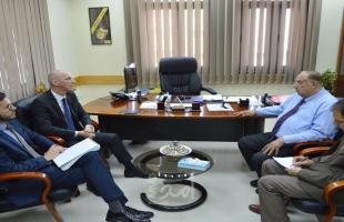 أبو مويس يبحث مع القنصل السويسري تعزيز التعاون المشترك