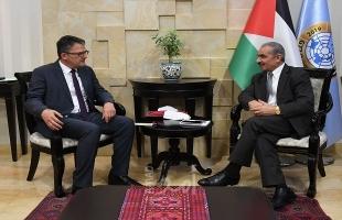أشتية: لا نبحث عن تحسين الظروف المعيشية تحت إسرائيل وإنما العيش بكرامة