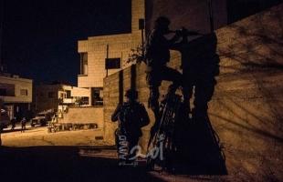 جيش الاحتلال يصادر مطبعة في الخليل