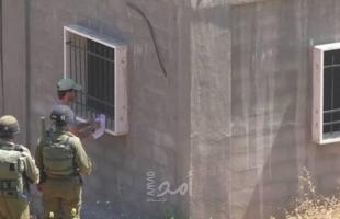 بيت لحم: سلطات الاحتلال تخطر ثمانية منازل وغرف زراعية بوقف البناء في نحالين