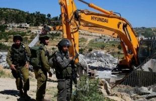 قلقيلية: جيش الاحتلال يجرف مساحات واسعة من أراضي قرية حجة