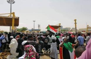 """السودان: """"الشيوعي"""" و""""الإخوان"""" يدعوان إلى وقف التفاوض مع المجلس العسكري"""