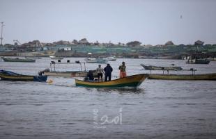 قوت الاحتلال تهاجم مراكب الصيادين و أراضٍ زراعية في غزة