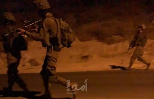 بالصور.. جيش الاحتلال يقتحم شمال الخليل ومناطق مختلفة من الضفة ويعتقل صحفي