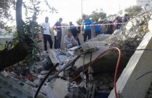 جيش الاحتلال يهدم منزلاً في حي الطور بالقدس ويعتقل مالكه وشقيقه