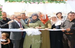 التربية تفتتح المركز المجتمعي الثالث لتعليم الشباب والكبار في يطا