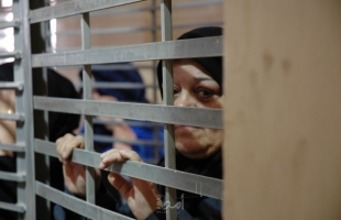 """اعلام الأسرى: مخابرات الاحتلال ترفض السماح للأسيرات """"عصافرة وغوش وجرار"""" الاتصال بعوائلهن"""