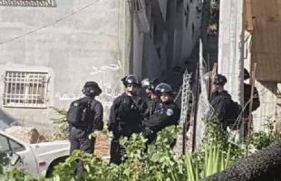 """القدس: قوات الاحتلال تغلق الحاجز العسكري لـ""""شعفاط"""""""
