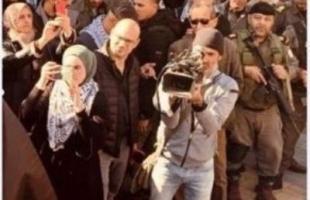 صحفيون فلسطينيون يستنكرون السماح لصحفي إسرائيلي دخول جنين بحضور أعضاء في مركزية فتح