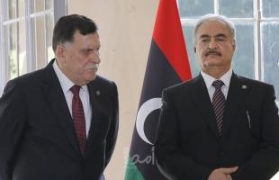 """حفتر يعتزم توقيع اتفاق سلام مع """"حكومة السراج"""" بعد الالتزام بالشروط المحددة"""