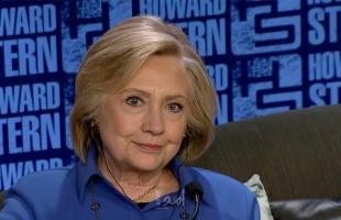 "بعد نشرِ رسائلها.. أول دعوى قضائية ضد ""هيلاري كلينتون"""
