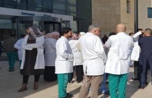نقابة الأطباء: قررنا العمل في المستشفيات بالمناوبين فقط
