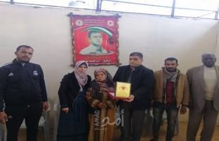 الديمقراطية تزور عائلة الأسير إبراهيم عرام في الذكرى الـ 18 لاعتقاله