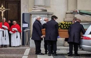 جنازة كل 30 دقيقة في إيطاليا